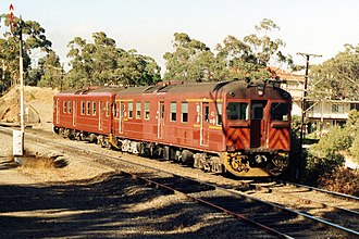 Redhen railcar - Two 400 class Redhens working a Belair line service in 1990