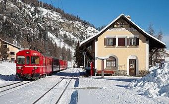 RhB BDt at La Punt-Chamues-ch.jpg