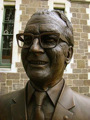 Robertson Stewart - Bronze bust of Sir Robertson Stewart, one of the Twelve Local Heroes sculpture series