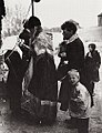Russischer Photograph um 1904 - Der Segen des Popen (Zeno Fotografie).jpg