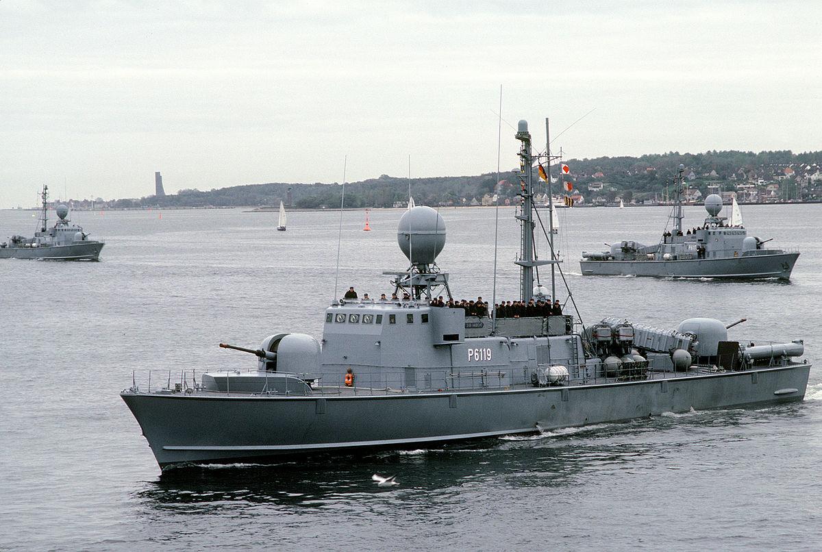 Schnellbooten 1200px-S69_Habicht