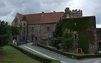 Saint-Saturnin - Chateau 04.jpg