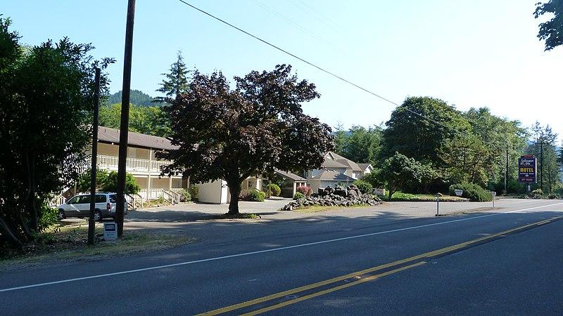 File:Salbasgeon Inn Opportunity - panoramio.jpg
