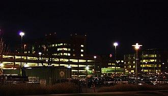 Salem Hospital (Oregon) - Campus at night