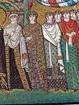 San vitale, ravenna, int., presbiterio, mosaici di teodora e la sua corte 07.JPG
