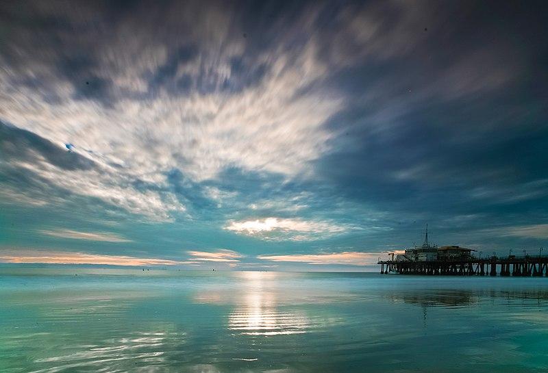 File:Santa Monica pier, dusk.jpg