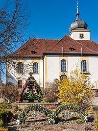 Schönbrunn-easter-fountain-1190994.jpg