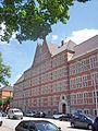 Schulgebäude Holstenwall.jpg