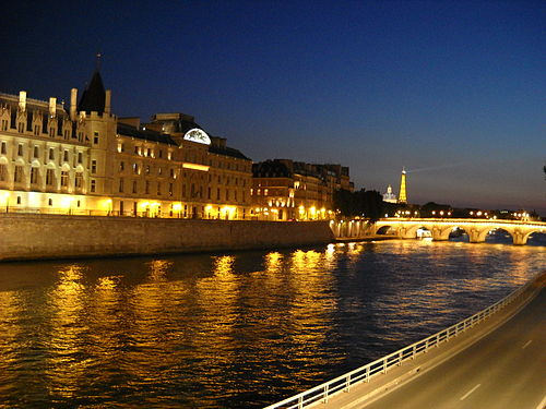 The Seine and Eiffel Tower Seine by Eiffel.jpg