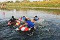 Serunya Permainan Balap Ban Air di Sungai Citarum, Lomba 17 Agustus.jpg