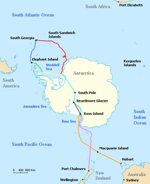 Skizon de Antarkta marbordo, kun malsamaj strekoj indikantaj la diversajn vojaĝojn faritajn fare de ŝipoj kaj terpartioj dum la Imperia Transantarkta Ekspedicio