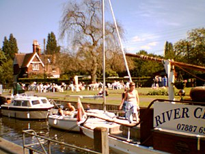 Shepperton Lock - Shepperton lock (2005)