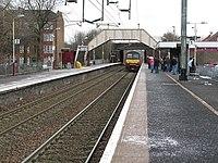 Shettleston Railway Station - geograph.org.uk - 1707076.jpg