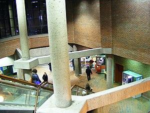 Snowdon station - Image: Snowdon Montreal Metro 4181762559