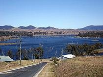 Somerset Dam 2 Villeneuve Queensland.jpg