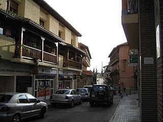 Street in Manzanares.jpg