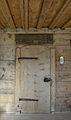 Tür und spätgotische Decke im Haus Greilenstein.JPG