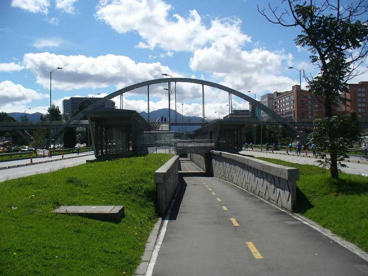 Avenida rojas estaci n wikipedia la enciclopedia libre for Arriendos en ciudad jardin sur bogota