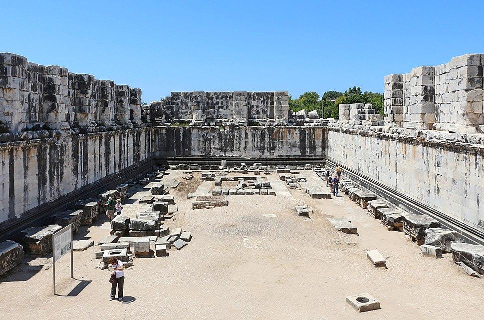 Temple of Apollo, Didyma - Adyton