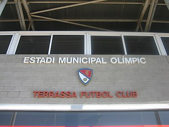 Terrassa FC - Image: Terrassa Futbol Club logo on stadium wall