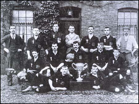 Thames ironw 1896 cup