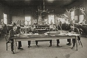 Thayer School of Engineering - The drawing room of the Thayer School in the early 1890s.