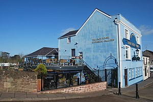 The Gatehouse, Monmouth - Image: The Gatehouse Pub Monmouth From the Monnow Bridge