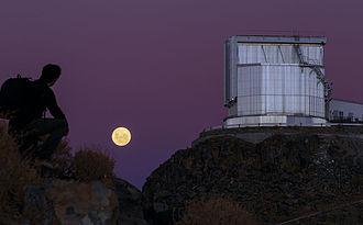 Atmospheric optics - Purple sky on the La Silla Observatory.