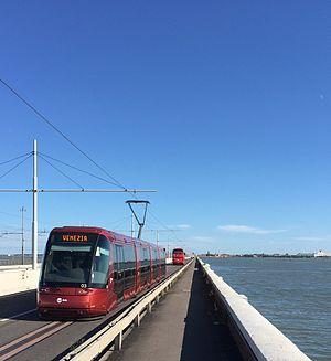 Trams in Mestre - Image: Tram Translohr in direzione Venezia