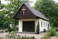 Trauerhalle Friedhof Horstdorf Anhalt.png