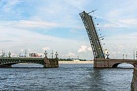 Trinity Bridge SPB (img1).jpg
