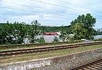 Troja, loděnice, z Bubenče přes rozvodněnou Vltavu 2013-06-05.jpg
