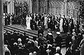 Troonswisseling 30 april , inhuldiging in Nieuwe Kerk overzicht tijdens eedsaf, Bestanddeelnr 930-8061.jpg
