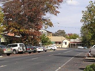 Tumbarumba - The Parade, Main street of Tumbarumba