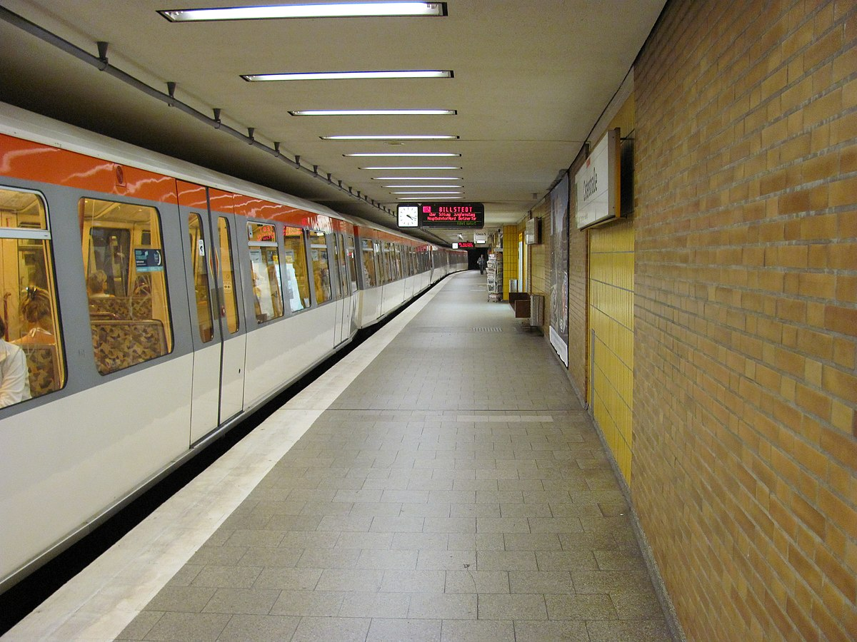 osterstra e hamburg u bahn station wikipedia. Black Bedroom Furniture Sets. Home Design Ideas