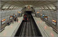 Une station du métro de Bilbao (3451417513).jpg