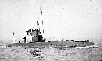 USS C-5 (SS-16) - USS C-5 underway in New York Harbor during a review in 1912.