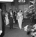 V.l.n.r. koning Bhumibol, prins Bernhard en koningin Juliana, Bestanddeelnr 911-7019.jpg