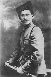 http://upload.wikimedia.org/wikipedia/commons/thumb/a/a9/Vasily_Chapayev_001.jpg/200px-Vasily_Chapayev_001.jpg height=303