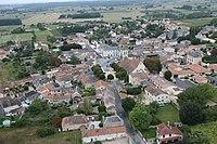 Vendeuvre du Poitou vue du ciel.JPG