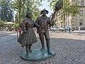 Villach Zehnte-Oktober-Strasse Kirchtagspaar-Denkmal 07082015 6571.jpg