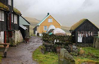 Gásadalur - Image: Village idyll in Gasadalur, Faroe Islands