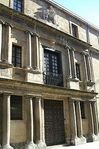 Vitoria - Antiguo Hospicio 03.JPG