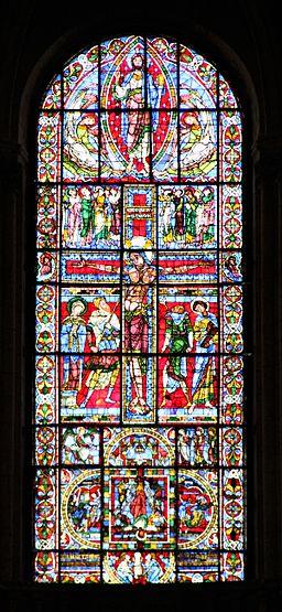 Vitrail de la crucifixion. Poitiers. Cathédrale Saint-Pierre