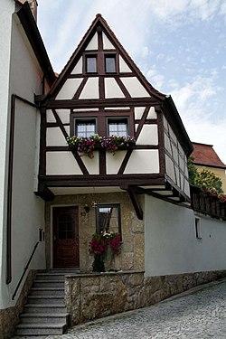 Würzburger Straße 13-bjs110811-01.jpg