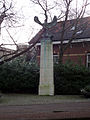 WWII sculpture, Loosduinen (1).JPG