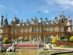 Waddesdon Manor front face - geograph.org.uk - 1188615.jpg