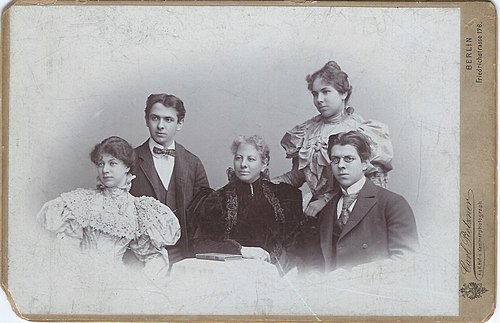 A cabinet card from 1896