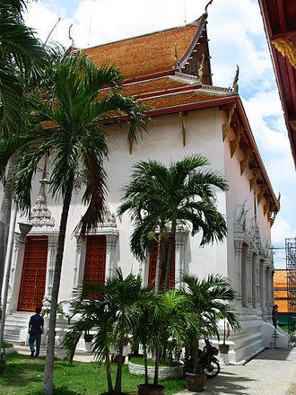 Wat Mahathat Yuwaratrangsarit - Image: Wat mahathat bkk 05
