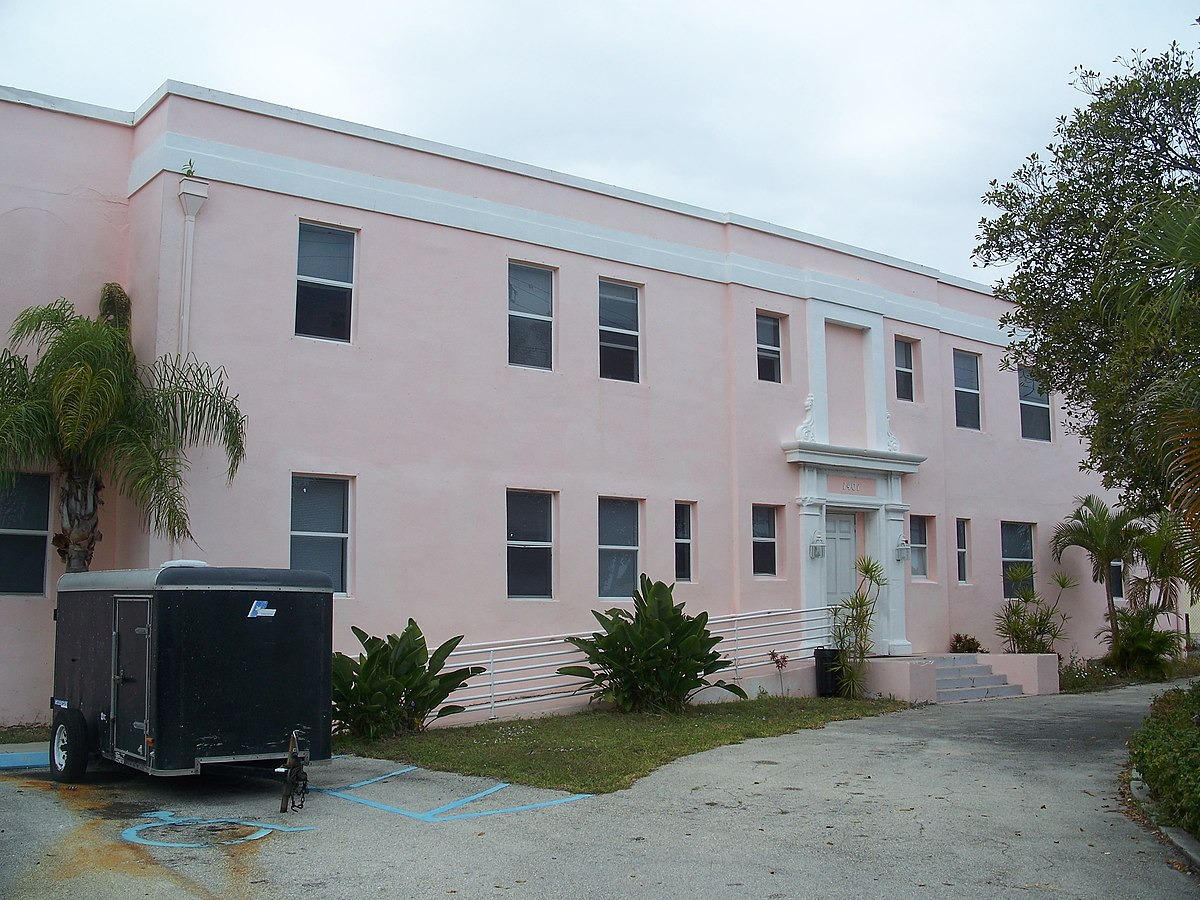 Pine Ridge Apartments West Palm Beach